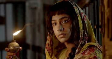 Film_Companion_NAGARKIRTAN_BENGALI-MOVIE_KAUSHIK-GANGULY_RITWICK_RIDDHI-SEN_lead_1-366x200.jpg